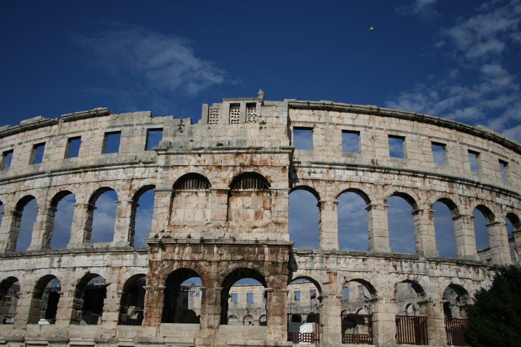 Pula: teatro romano